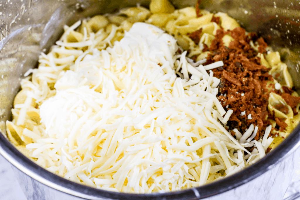 Instant Pot Jalepeno Popper Chicken Pasta