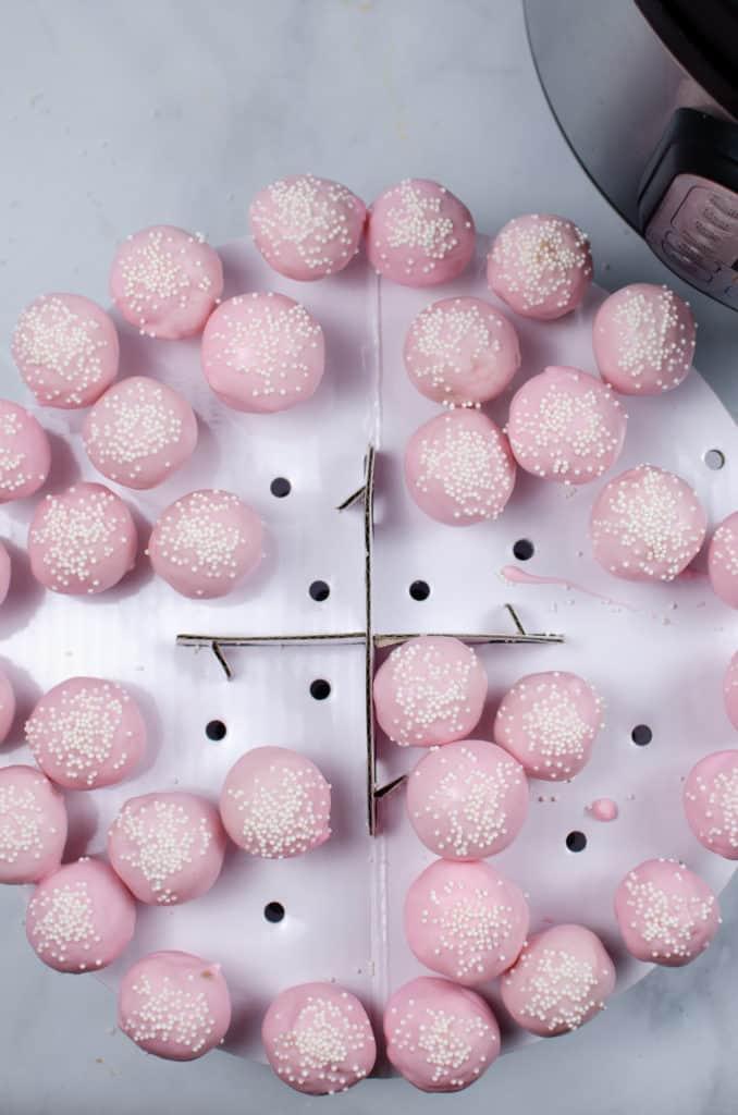 cake pops on cake pop stand