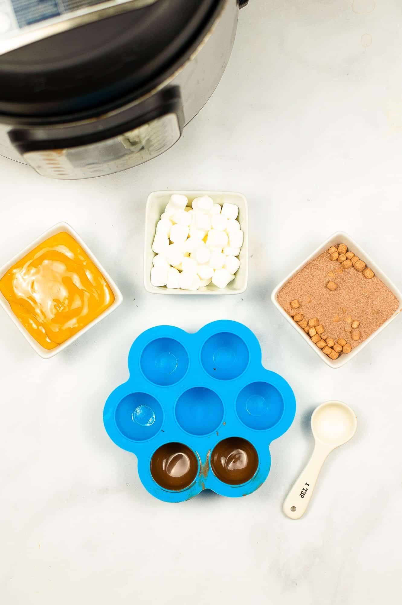 steps to make hot chocolate bombs
