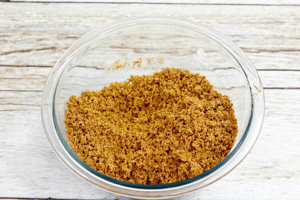 graham cracker crust in glass bowl
