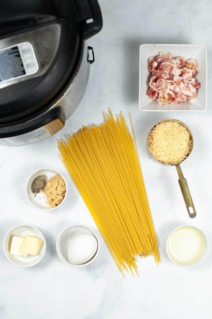 ingredients for carbonara spaghetti