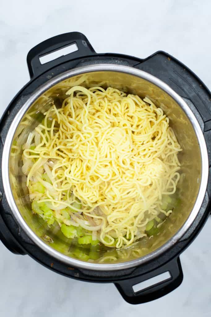 instant pot chow mein noodles ingredients in pot
