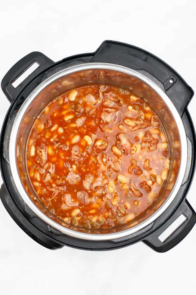 pork and bean ingredients in instant pot